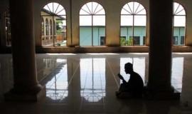 beribadah-di-bulan-ramadhan-_130718165625-778