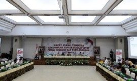 komisi-pemilihan-umum-kpu-_140709095915-719