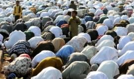 umat-islam-melaksanakan-shalat-berjamaah-_140623160452-470